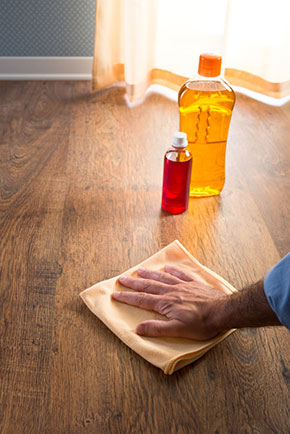 Do not clean waxed wood with vinegar